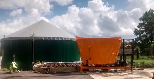 Unité de méthanisation Biogaz du Pays de Nouzilly avec incorporateur Ergenium, photo Naskéo