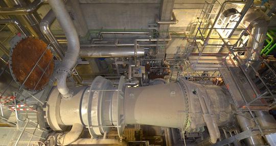 La turbine à vapeur Siemens de Kogeban, photo Frédéric Douard