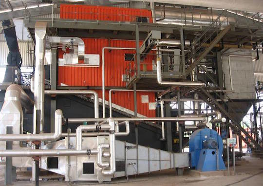 La chaudière biomasse Vyncke de la centrale de Kourou, photo Soten