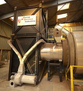 Le générateur d'air chaud à biomasse alimenté le sécheur ESI, photo Frédéric Douard