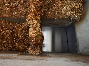 A l'image du convoyeur de bois en sortie de silo, l'ensemble des convoyeurs Agroforst sont hydrauliques, photo Frédéric Douard