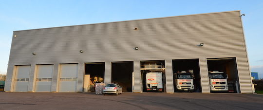 L'entrepôt bois-énergie des Ets Guillemeau à Avallon, photo Frédéric Douard