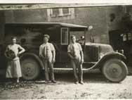 L'un des premiers véhicules des Ets Guillemeau dans les années 1950, photo Es Guillemeau