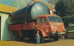 Transport d'une cuve dans les années 70, photo Ets Guillemeau