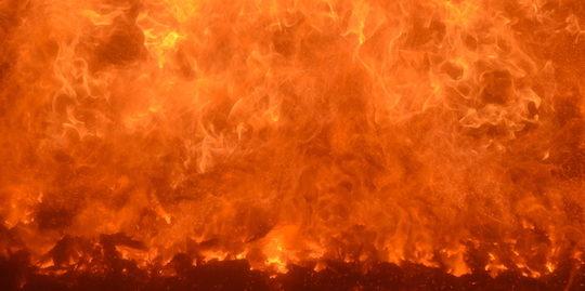 Une combustion parfaitement maïtrisée dans le foyer Urbas, photo Frédéric Douard