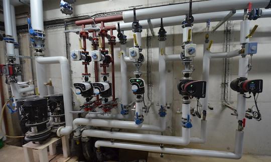 AHCS a réalisé pour l'Earl Ropert une installation hydraulique digne d'une belle chaufferie collective, photo Frédéric Douard