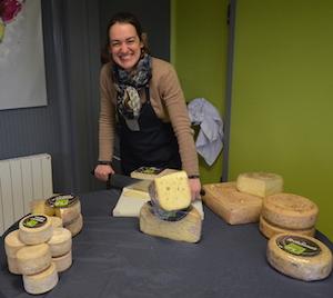 La fromagerie de Vanessa Ropert a ramené le sourire dans l'exploitation familiale, photo Frédéric Douard