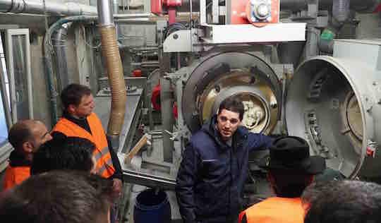 La visite de la production de granulés chez Mivelaz Bois SA au Mouret, photo Propellet Suisse