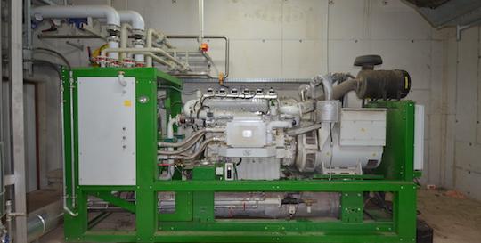 Le moteur de cogénération 2G à l'Earl Ropert, photo Frédéric Douard