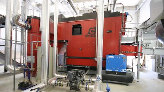 Découvrir le constructeur de chaudières à biomasse Compte R. en vidéos