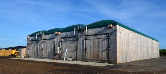 Méthanisation en voie sèche et séchage de bûches au Gaec des Hautes Marettes