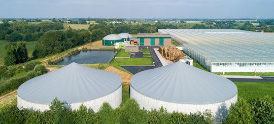 La centrale de cogénération biogaz de Montauban-de-Bretagne chauffe des serres