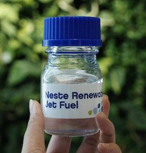 Neste livre du biokérosène renouvelable à l'aéroport de Caen