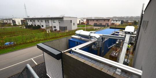 La microcentrale à gaz de bois du réseau de chaleur des Pléiades près de Liège