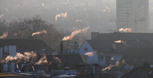 Avec l'Opair en Suisse, on peut brûler du bois et préserver la qualité de l'air