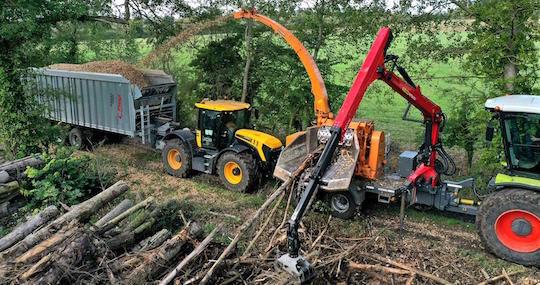 La déchiqueteuse de bois Valormax D56-120 de l'entreprise normande AGB