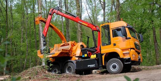 La déchiqueteuse de bois sur camion Valormax DMC 56-120 Noremat