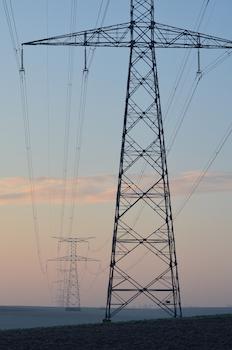 Énergie-climat en France, après les petits-pas, la marche arrière ?