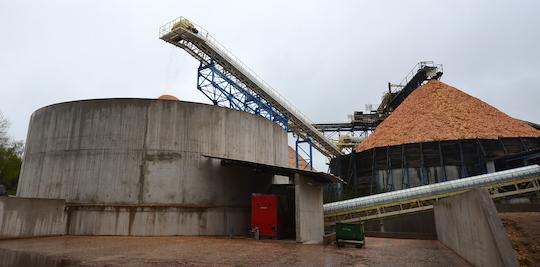 Morillon renforce la capacité d'extraction de bois des Panneaux de Corrèze