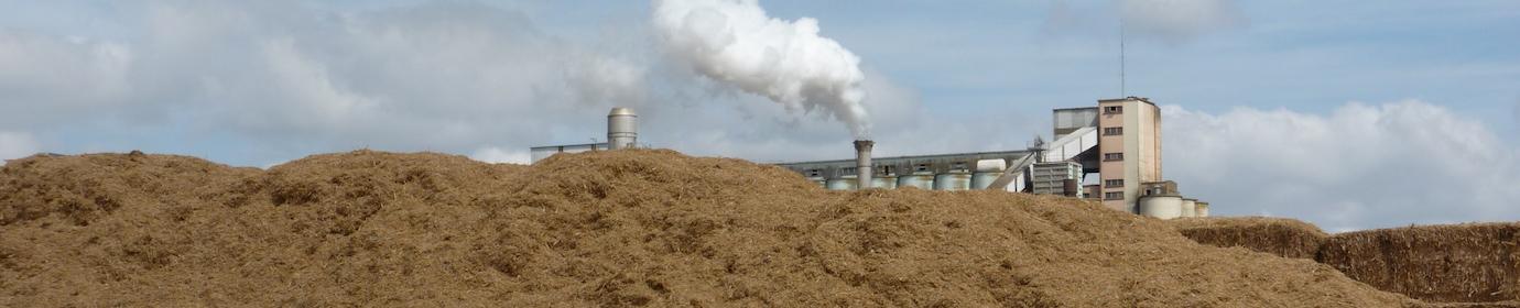 Menue paille et usine de granulation, photo Frédéric Douard