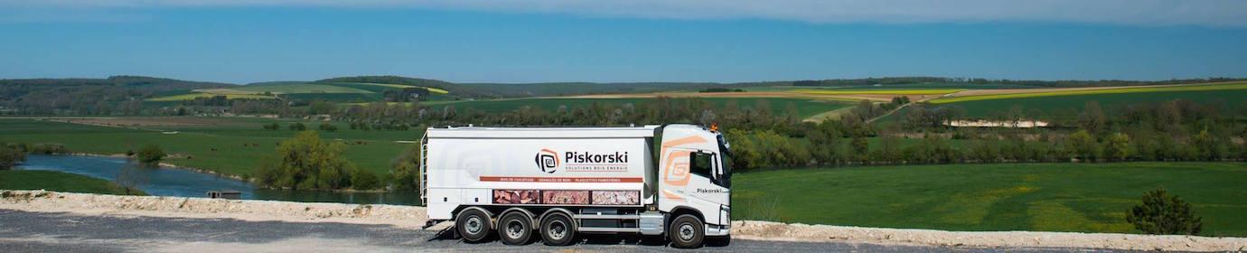 Vallée de le Meuse avec le camion souffleur de granulés, photo Piskorski