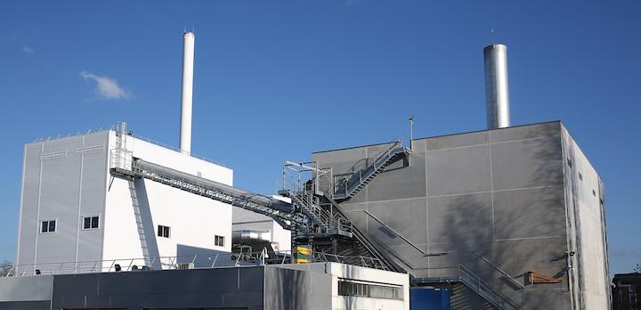 La chaudière à lit fluidisé bouillonnant de la chaufferie biomasse de Saint-Denis