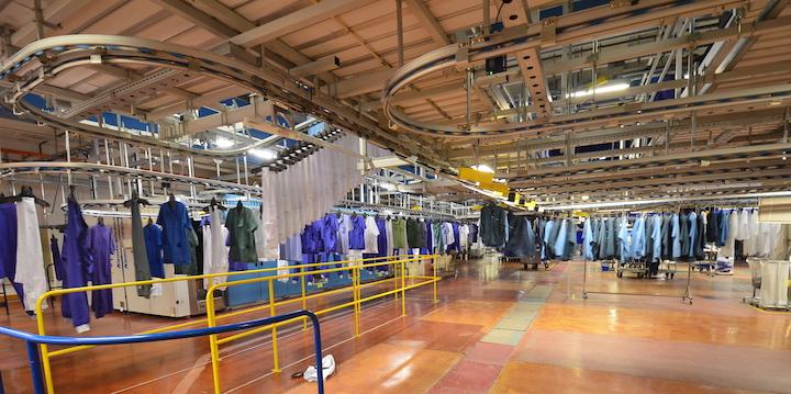La blanchisserie d'Alingsås produit sa vapeur au granulé de bois dans sa chaudière à gaz