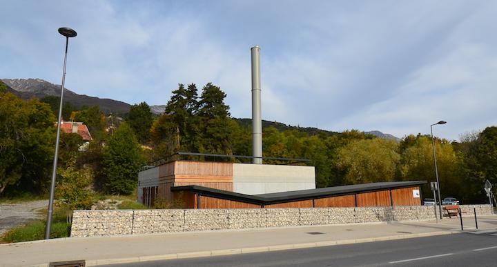 Une chaudière Herz de 1,5 MW équipe le troisième réseau de chaleur au bois d'Embrun