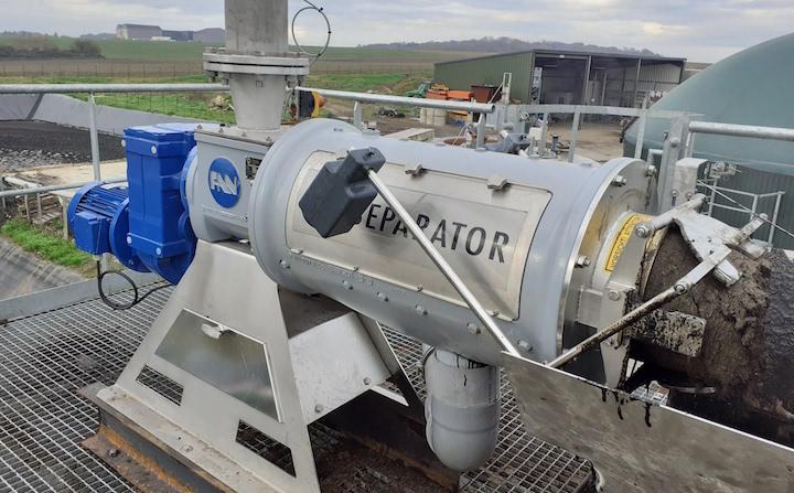 Investir dans un séparateur de phase de digestat avec Atlantique Industrie
