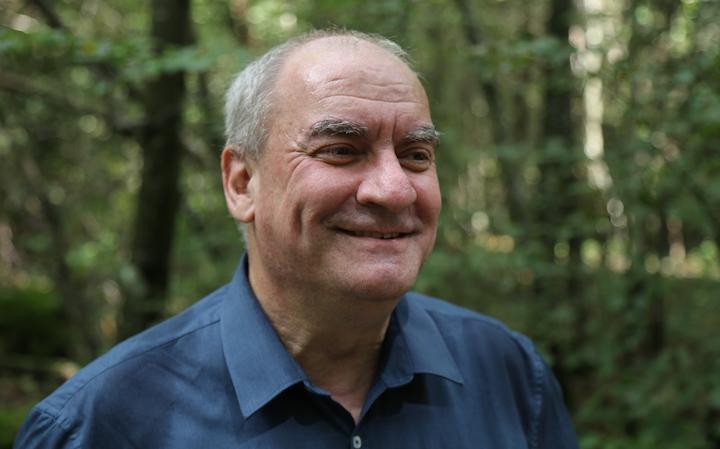 Andreas Keel invite les Suisses à penser plus global et à mieux valoriser le bois sans débouché en énergie