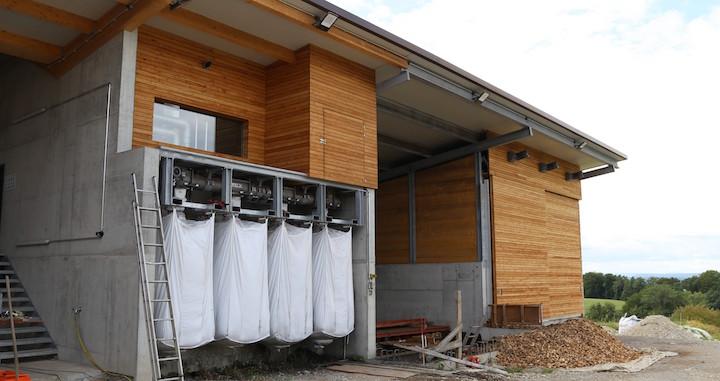 Florian Gut met en service une centrale Syncraft à gazéification de bois de 240 kWé