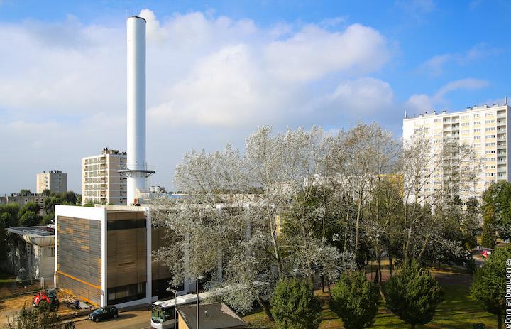 Condensation et cheminée anti-panache à la chaufferie biomasse de Mont-Saint-Aignan